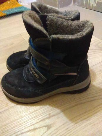 Продам зимние ботинки Котофей на мальчика 35 размера