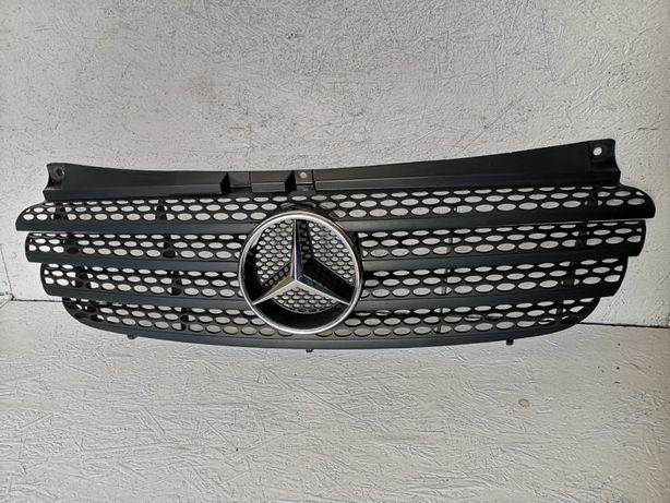 Mercedes Vito W639 atrapa grill