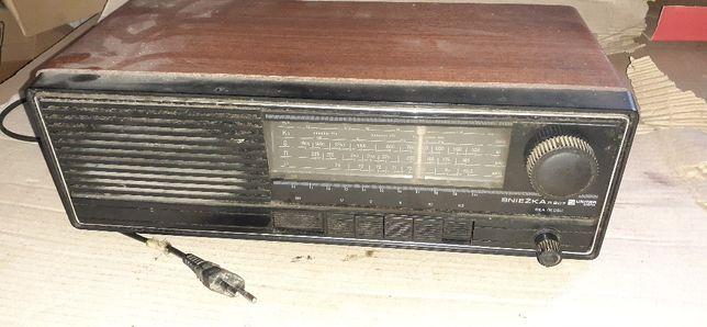 Sprzedam stare zabytkowe radio śnieżka r207 UNITRA dora