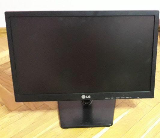 Монітор LG E1942