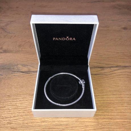 Pandora Bransoletka Moments 19 cm PREZENT Biżuteria CHARMS