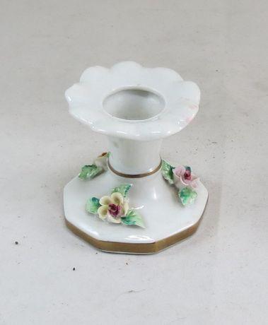 Castiçal ARTIBUS porcelana decorado com flores; Altura – 7cm;