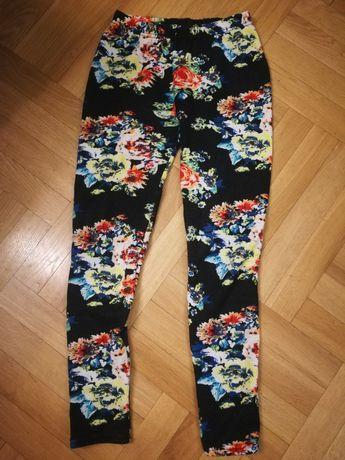 Ocieplane legginsy w kwiatki czarne kolorowe 36 s