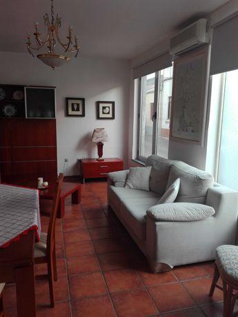 Apartamento T2 – Quarteira