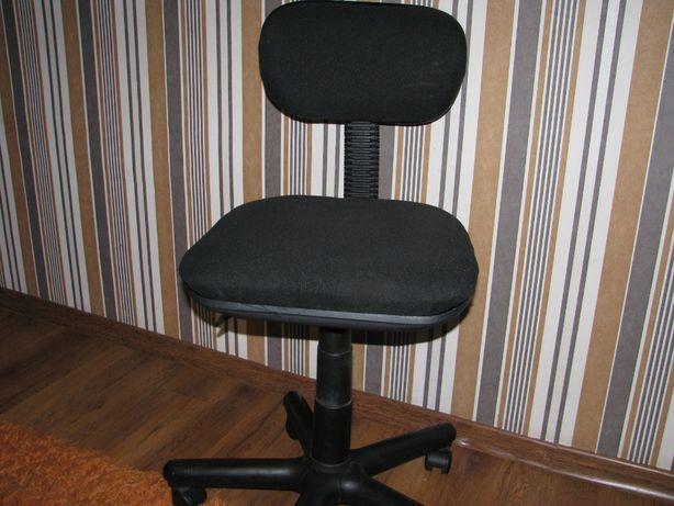Кресло офисное продам