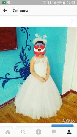 Випускна сукня (платье)