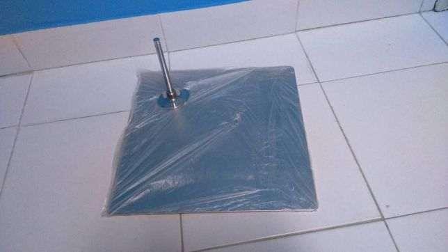 Base para Manequim e vários modelos de base em Aço Inox ou Vidro, Novo