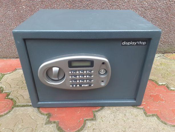 Nowy elektroniczny sejf Display4top