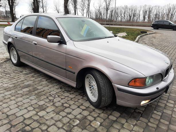 Продам авто BMW 523