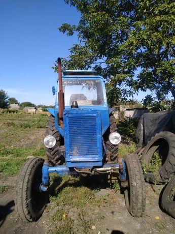 Трактор МТЗ 80 в хорошем состоянии