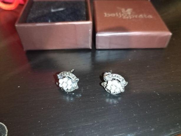 Brincos prata com pérolas