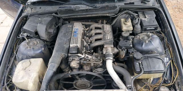 Двигатель BMW 1.7TDI M41D17 бмв 1.7 турбо дизель ТНВД ГБЦ КПП мотор