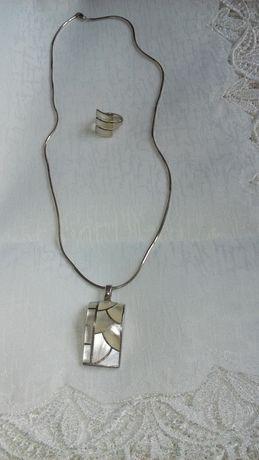 Komplet biżuterii z masy perłowej