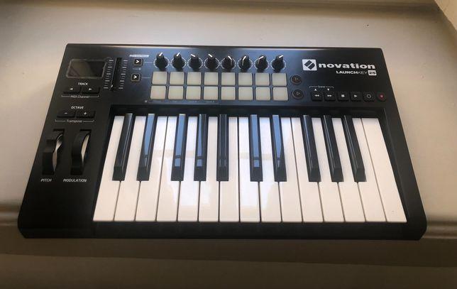 Teclado MIDI Novation Launchkey 25