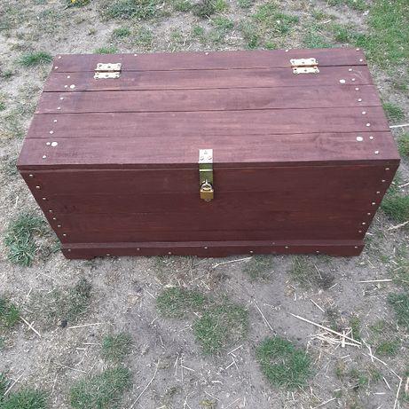 Skrzynia drewniana, kufer na zabawki