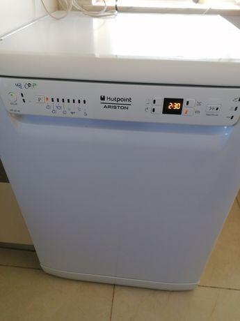 Máquina lavar louça Ariston Hotpoint LFF 8214 E, Económica , A+