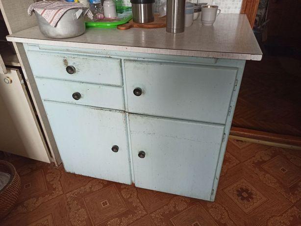 Стол кухонный для посуды