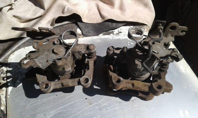 Продам Суппорта тормозные, задние для Volkswagen Caddy