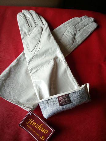 Перчатки женские длинные кожа лак утеплённые белые свадебные