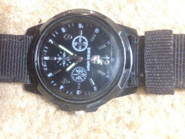 Часы наручни. Армейские Годинник Swiss Army