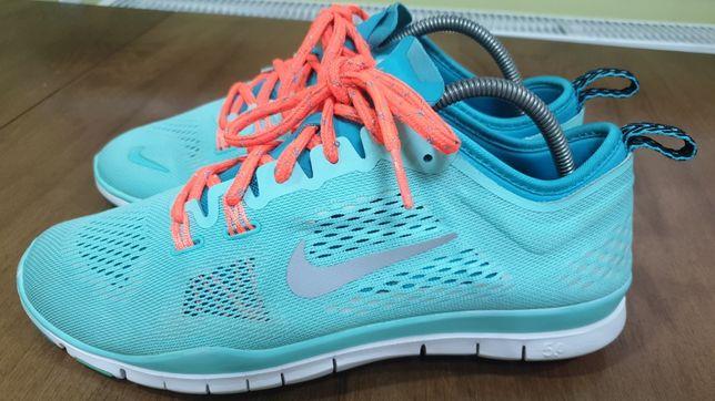Nike free trfit 4