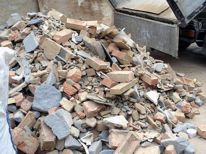 Wywóz gruzu odpadów z mieszkań działek itp Olsztyn - image 1