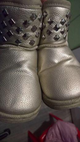 черевички-уги для маленької модниці) +бонус.