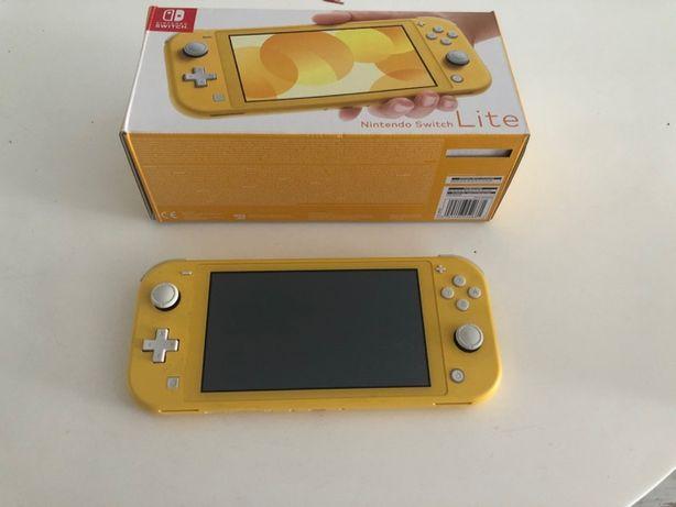 Nintendo Switch Lite - Żółty