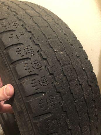 Bridgestone 215/65/16c