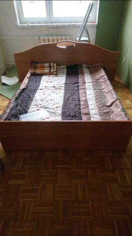 Sprzedam Łóżko do sypieani +dwa stoliki nocne i szuflady na pościel
