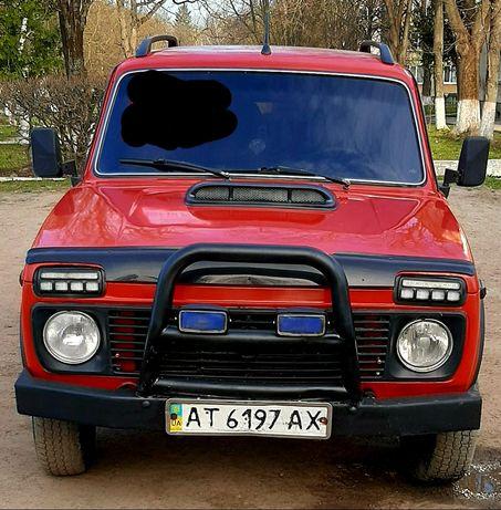 "Нива""4×4"" 1990р.газ-бензин"
