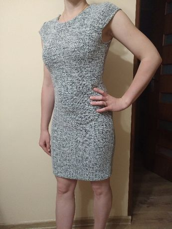 Sukienka szaro-biała rozmiar S.