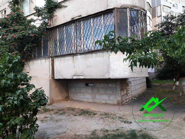 Продается двухкомнатная квартира, на 2 Таврическом, ул. Ворошилова.