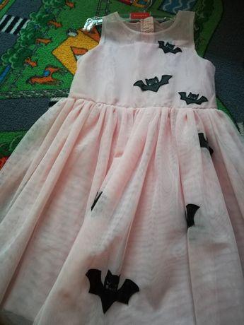 Sukienka tiulowa bal przebierańców nietoperz 128/134 HM