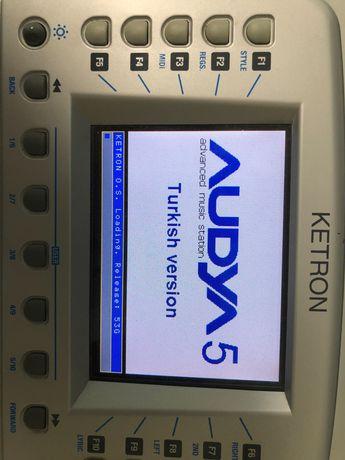 Продам Ketron Audya 5 з SSD
