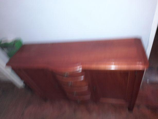Movel madeira macica por 150 €