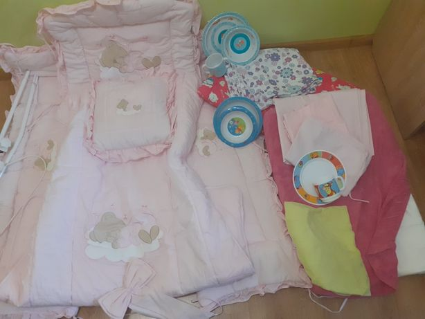 Захист-комплект на дитяче ліжечко +подарунки.