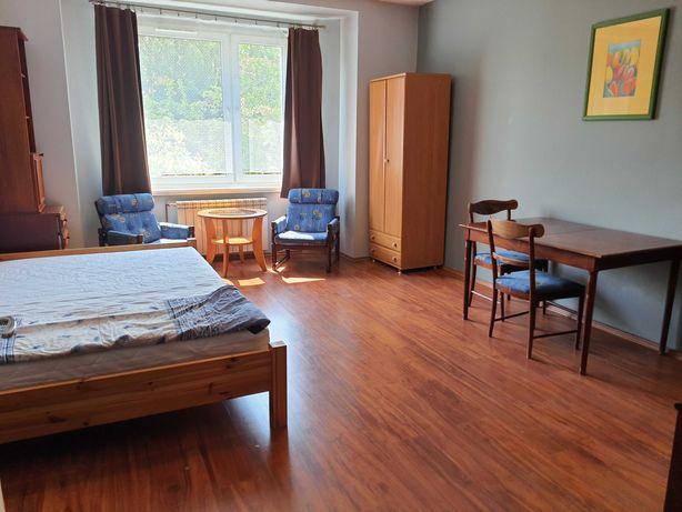 Duży 20m2 pokój dla pary lub singla, śródmieście, 830pln całość