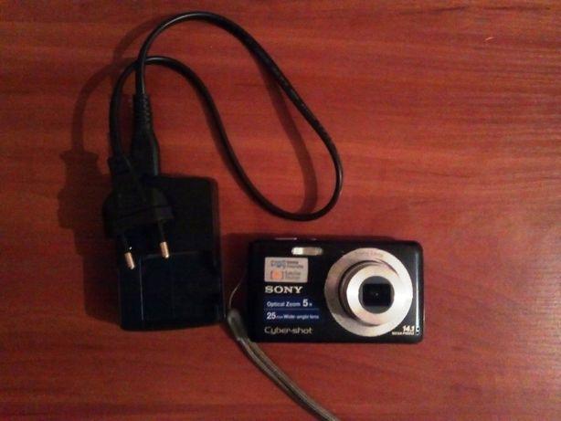 Цифровой фотоаппарат SONY Сyber-shot W520