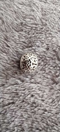Srebrny charms do bransoletek Pandora