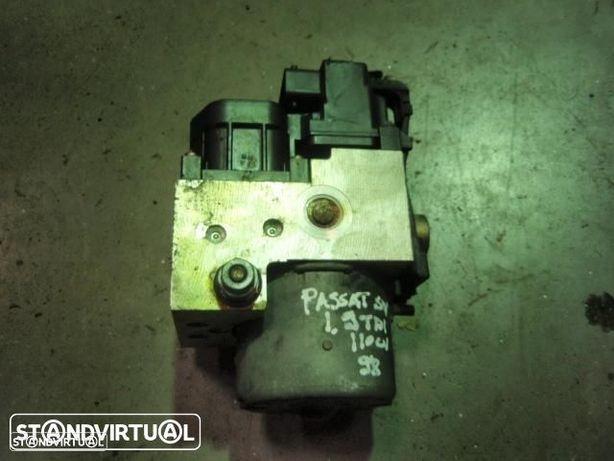 Abs - Passat 1.9 tdi ( 110cv ) 1998 ( 0265 216 559 )