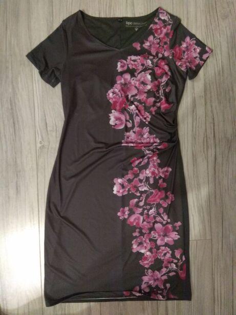 Elegancka sukienka BPC r. 40/42