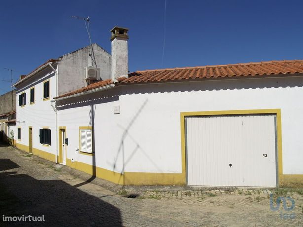 Moradia - 260 m² - T5