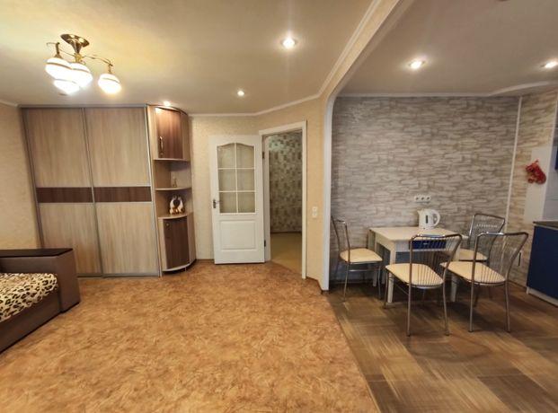 Сдам 3-х комнатную евро квартиру возле метро Героев Труда