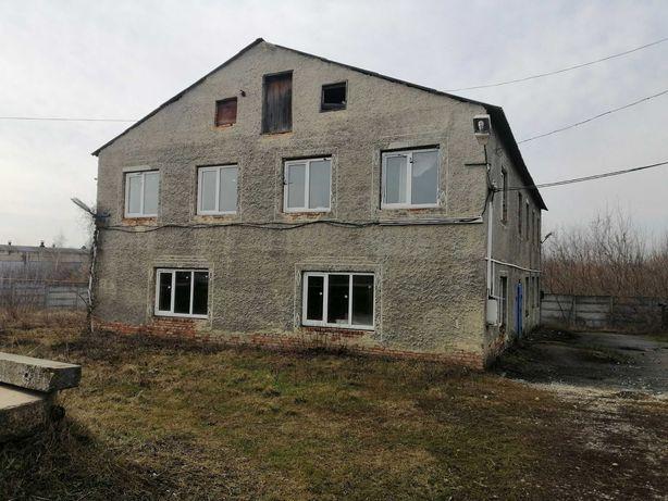 Сдам здание пл. 380 м2 под производство или офис в Золочеве