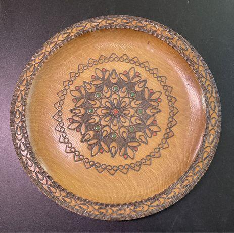 Duży drewniany, ozdobny talerz. 30 cm. Cepelia
