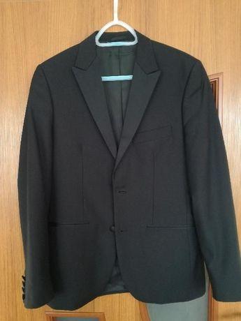 elegancki garnitur marki Lassar