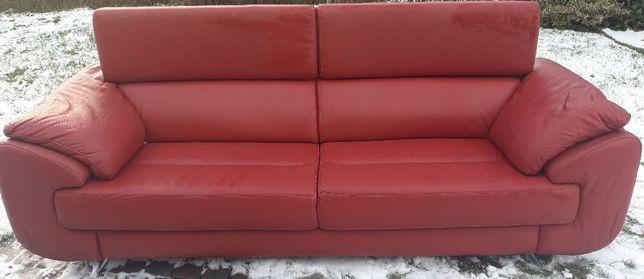 Czerwona sofa kanapa