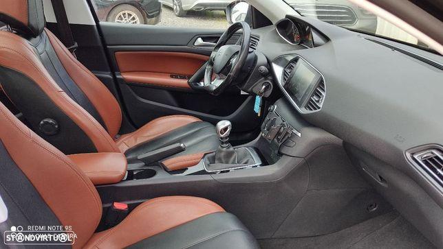 Peugeot 308 1.6 BlueHDi Allure