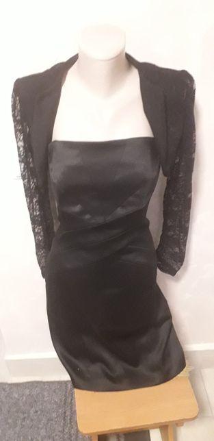 Плаття і болеро чорного кольру дуже скриває диаіт
